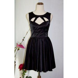 Keepsake The Label Cut Out  Black Dress Fit & Flare S/6/8 Pleats Cocktail Party